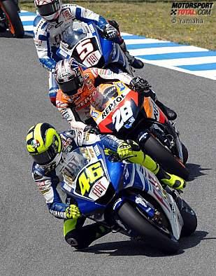 Valentino Rossi vor Daniel Pedrosa und Colin Edwards