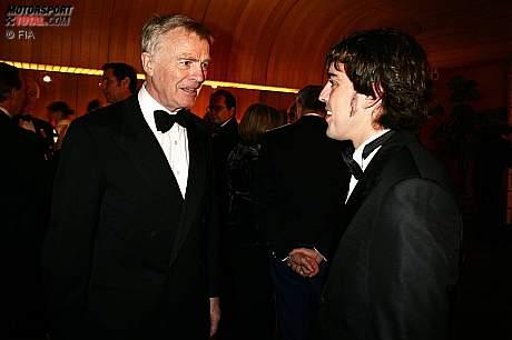Max Mosley (FIA-Präsident) und Fernando Alonso (McLaren-Mercedes)