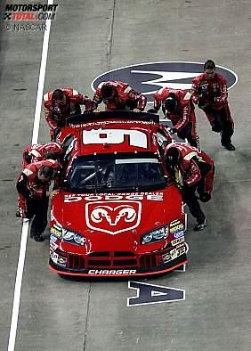 2005: Die Crew von Kasey Kahne gewinnt die Pit-Crew-Challenge