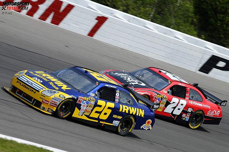Jamie McMurray  Travis Kvapil
