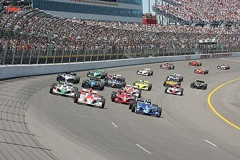 Start zum Corn Indy 250 in Iowa