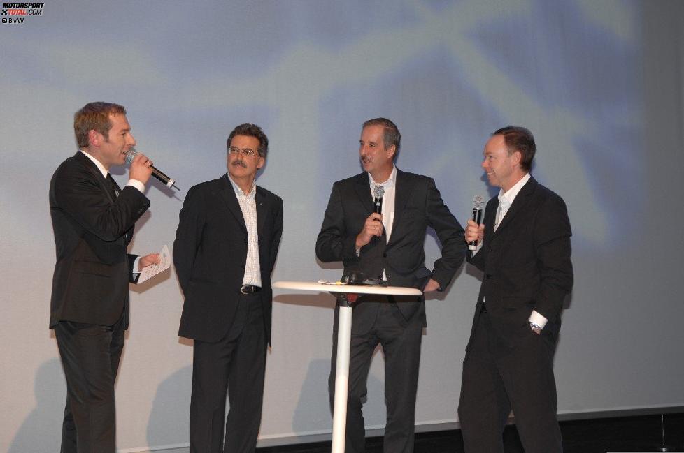 Mario Theissen (BMW Motorsport Direktor) Klaus Draeger, Ian Robertson (BMW Sauber F1 Team)