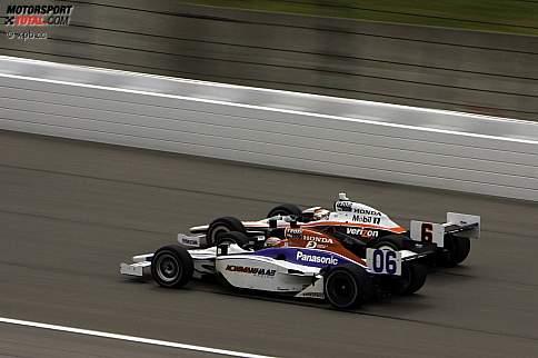 Ryan Briscoe (Penske) und Hideki Mutoh (Newman/Haas)