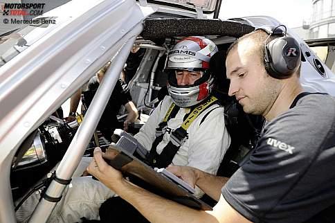 Bernd Schneider bei Testfahrten im SLS AMG GT3