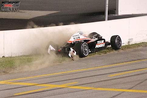Ryan Briscoe mit Crash