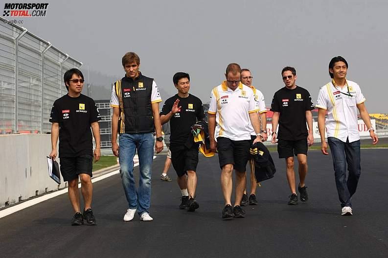 -Formula 1  - Season 2010 - - z1287640915