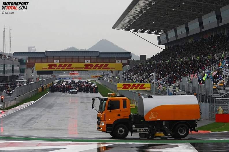 -Formula 1  - Season 2010 - - z1287915004
