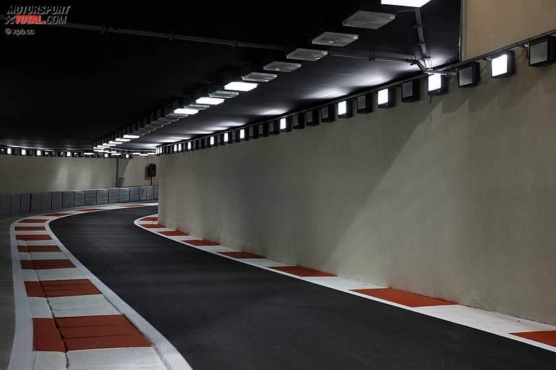 -Formula 1  - Season 2010 - - z1289490652