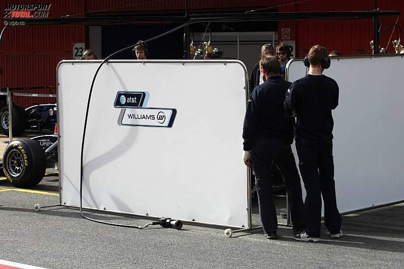 -Formula 1 - Season 2011 - z1298304268