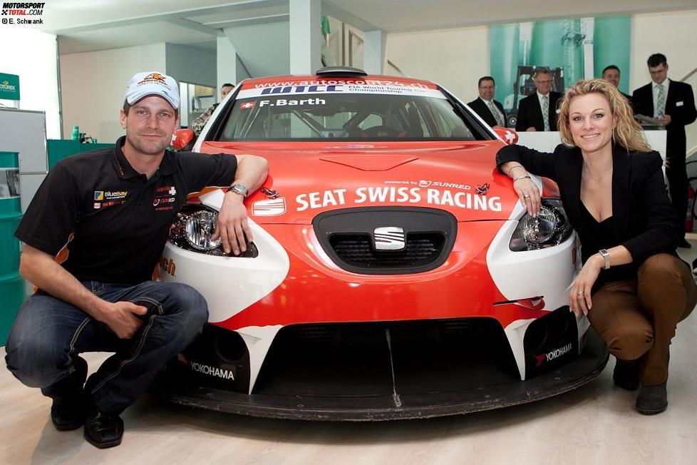 Fredy Barth (SEAT Swiss) und Christina Surer mit dem neuen Autolook 2011