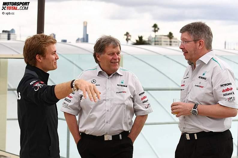 -Formula 1 - Season 2011 - z1300945267