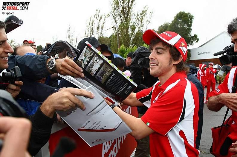 -Formula 1 - Season 2011 - z1300945595