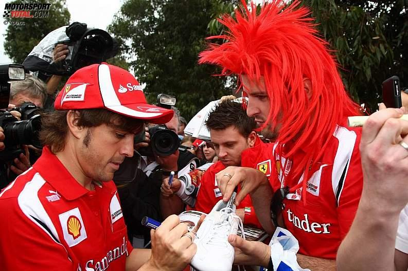 -Formula 1 - Season 2011 - z1300945804
