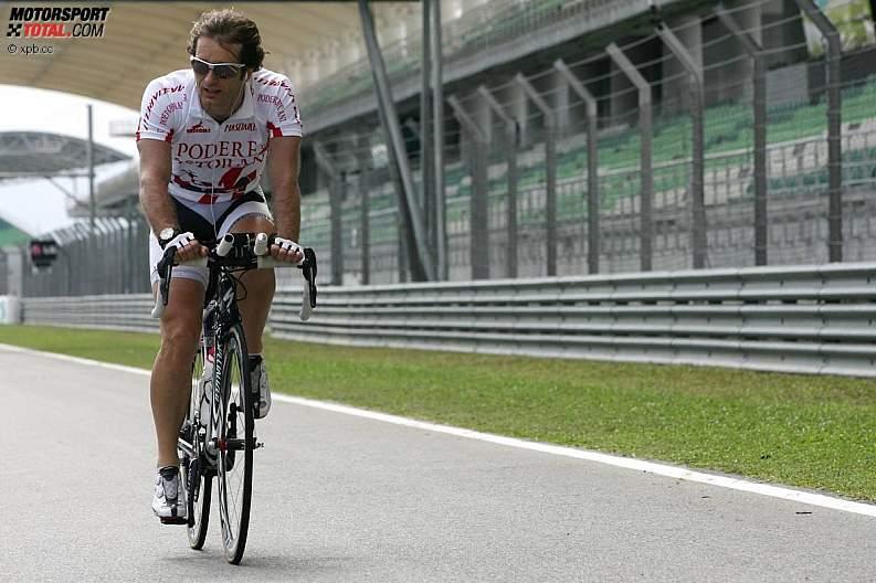 -Formula 1 - Season 2011 - z1302149474