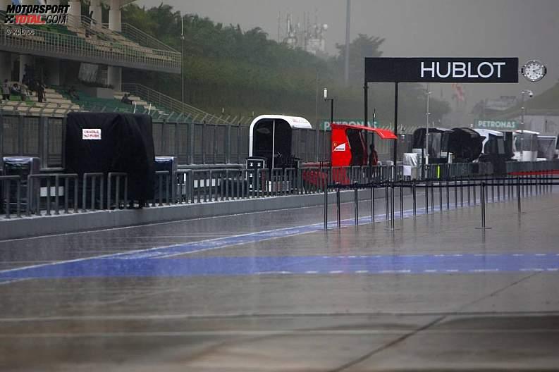 -Formula 1 - Season 2011 - z1302166293