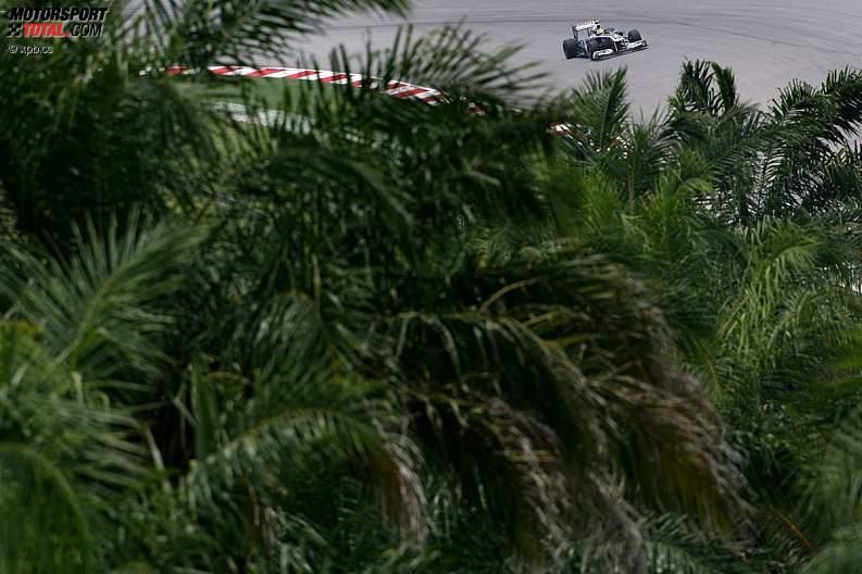 -Formula 1 - Season 2011 - z1302331859