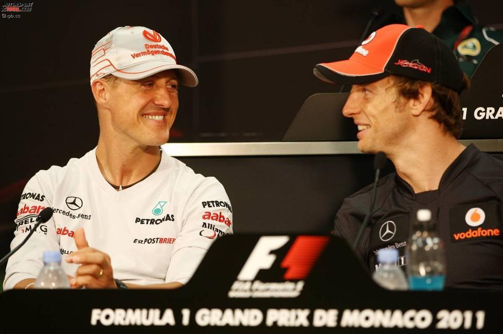 Michael Schumacher (Mercedes) und Jenson Button (McLaren)