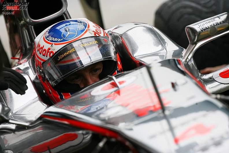 -Formula 1 - Season 2011 - z1310140378