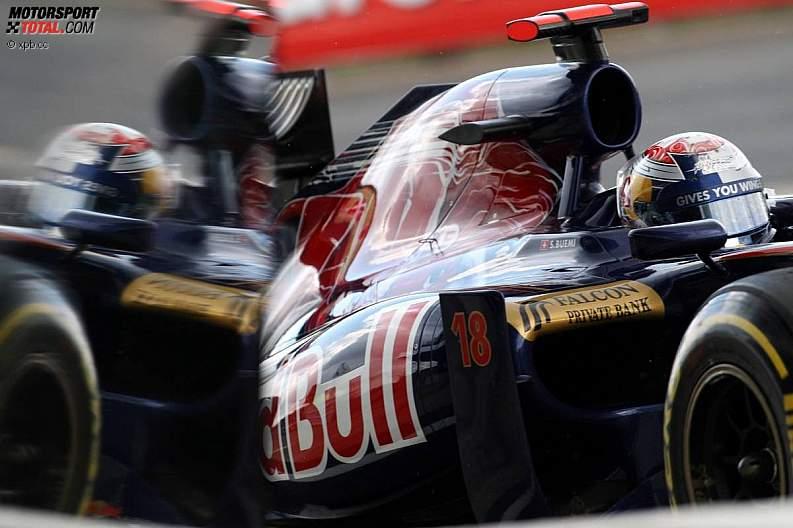 -Formula 1 - Season 2011 - z1310211365