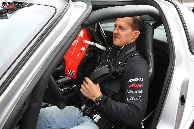 -Formula 1 - Season 2011 - z1311249607