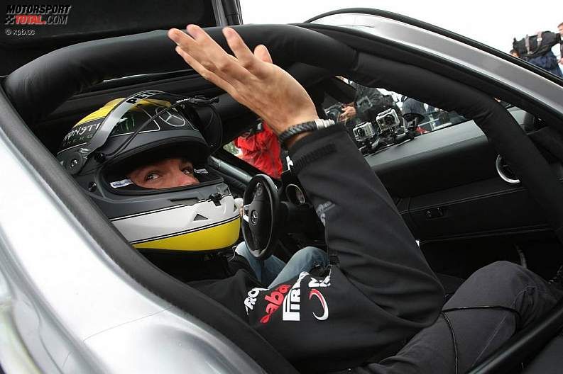 -Formula 1 - Season 2011 - z1311249845