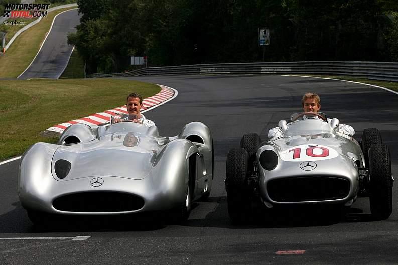 -Formula 1 - Season 2011 - z1311249858