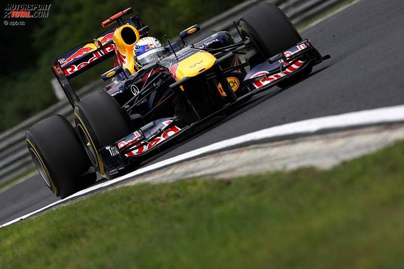 -Formula 1 - Season 2011 - z1311937839