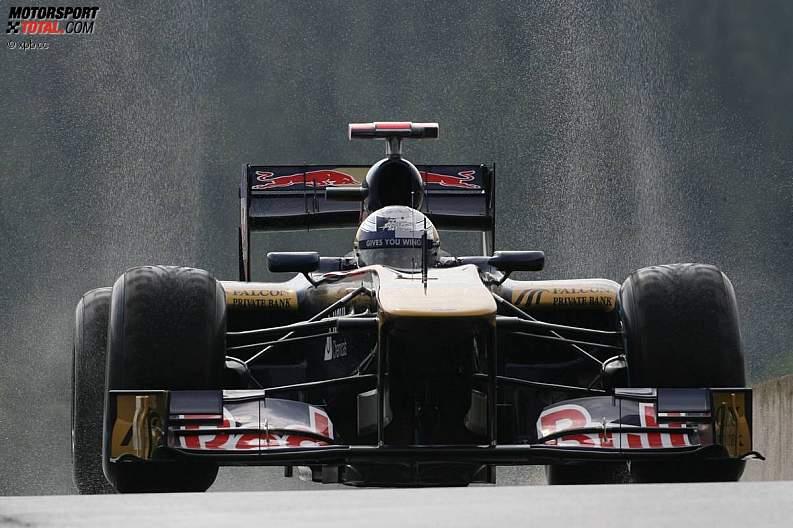 -Formula 1 - Season 2011 - z1314353109