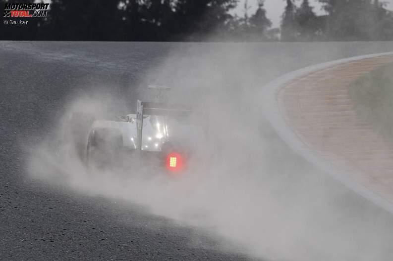 -Formula 1 - Season 2011 - z1314389451
