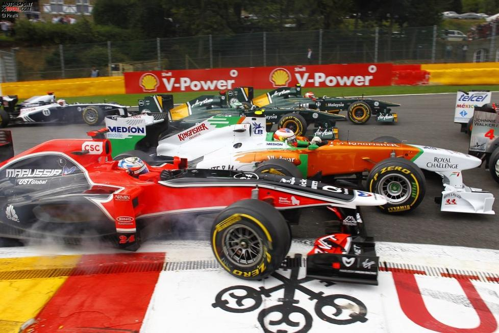 Timo Glock (Marussia-Virgin) und Paul di Resta (Force India)