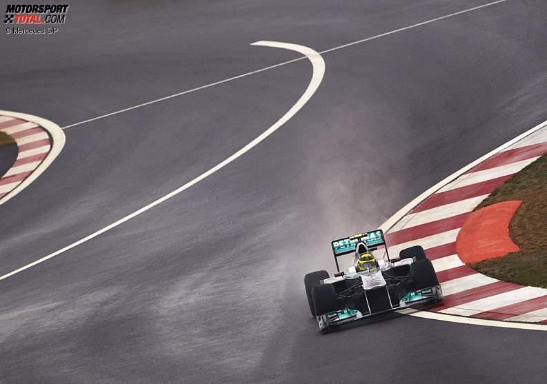 -Formula 1 - Season 2011 - z1318591420