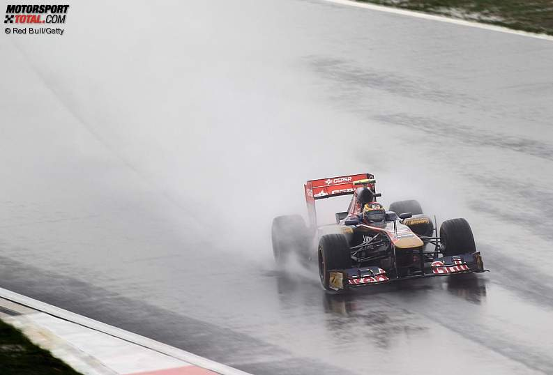 -Formula 1 - Season 2011 - z1318591592