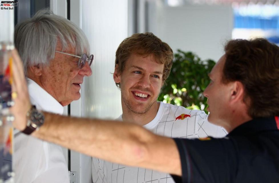 Bernie Ecclestone, Sebastian Vettel und Christian Horner (Red Bull)