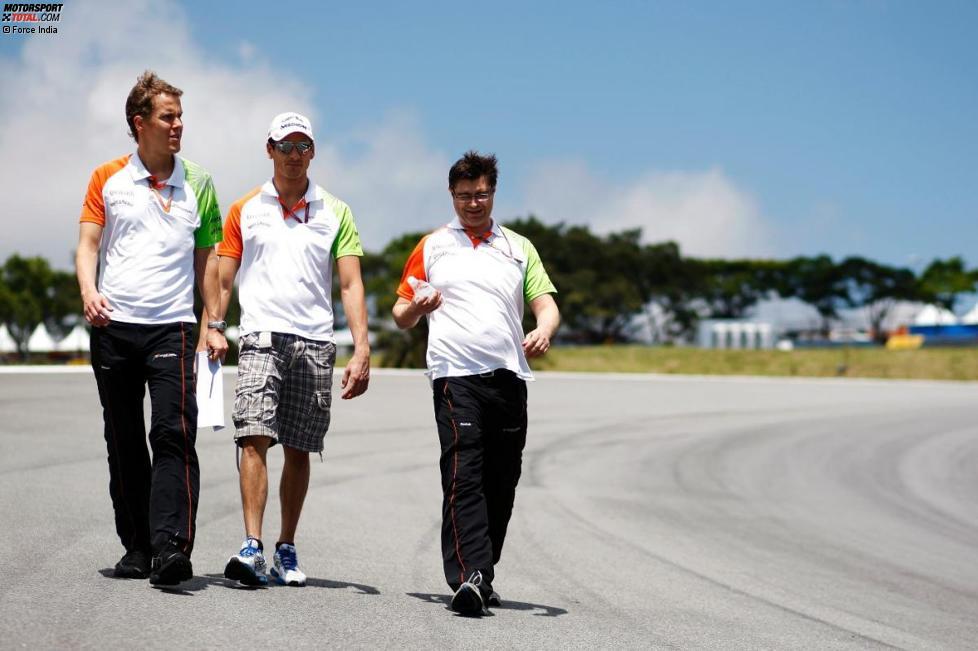 Adrian Sutil (Force India) mit seinem Renningenieur Bradley Choyce