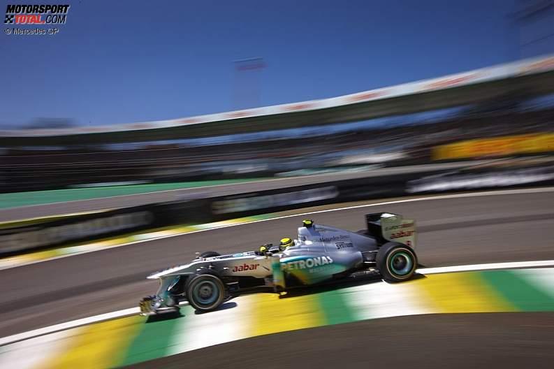 -Formula 1 - Season 2011 - z1322257043