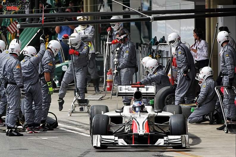 -Formula 1 - Season 2011 - z1322472107