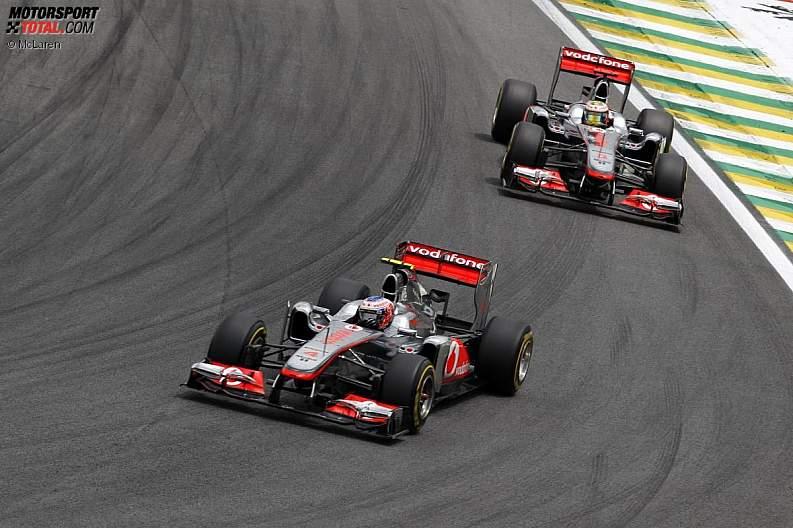 -Formula 1 - Season 2011 - z1322472184