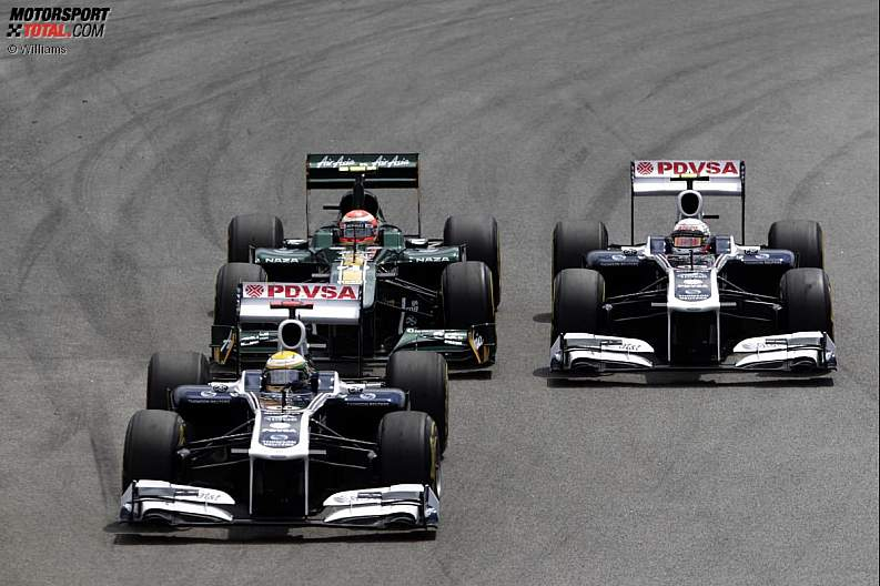 -Formula 1 - Season 2011 - z1322472649