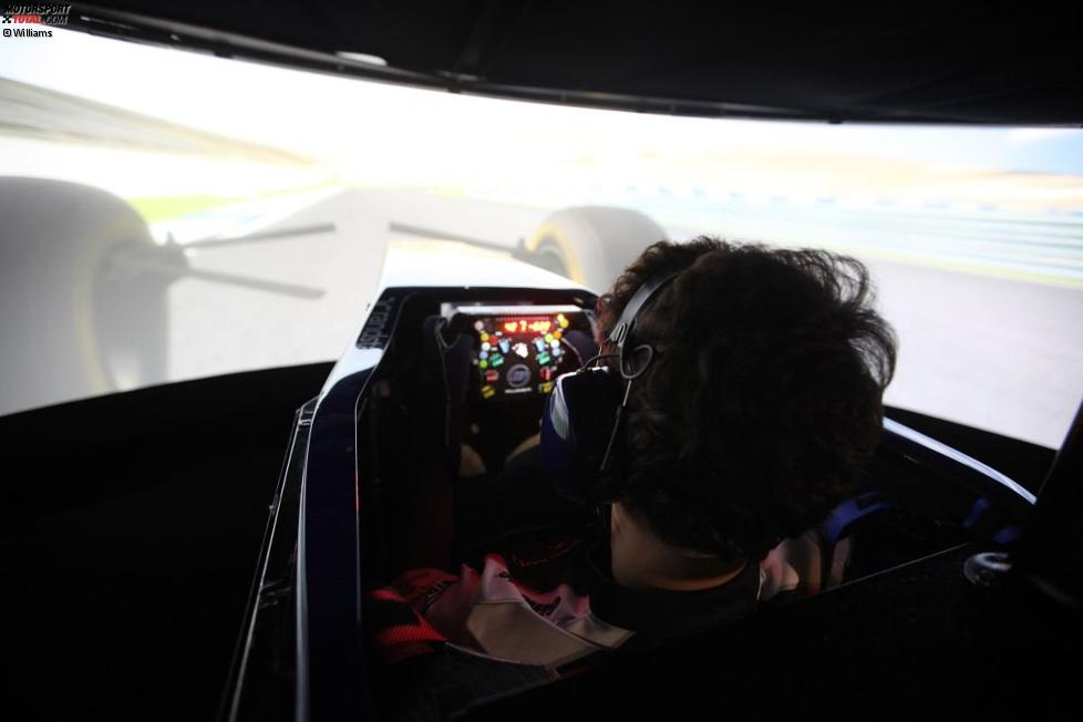 Bruno Senna (Williams) im Simulator
