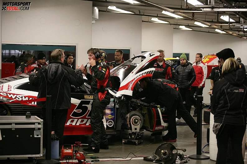 Reparaturen am Audi R8 Grand-Am