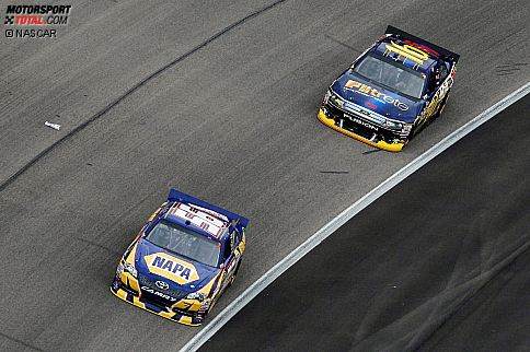 Martin Truex Jun. (Waltrip) und Greg Biffle (Roush)