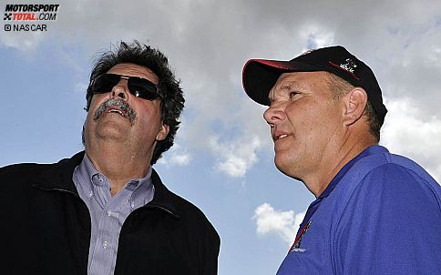 NASCAR-Pr�sident Mike Helton und Rockingham-Chef Andy Hillenburg