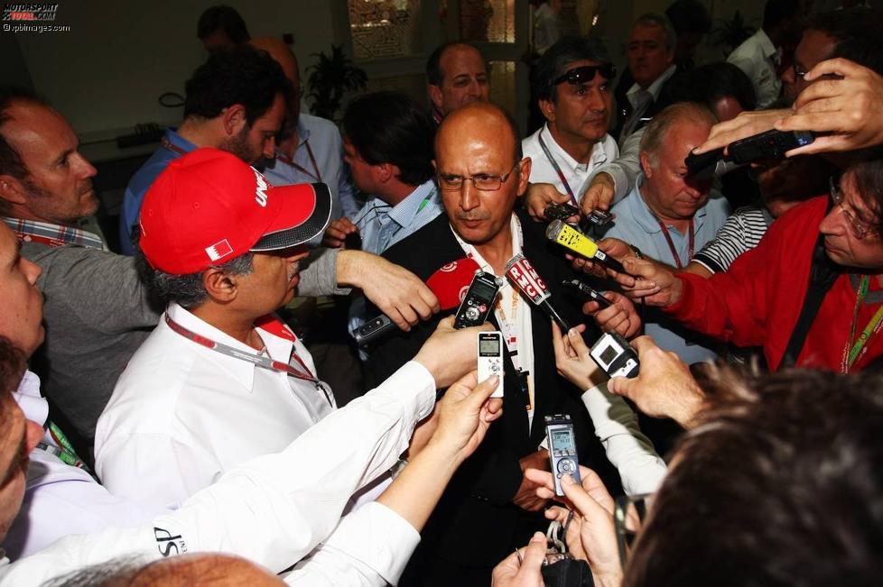 Streckenchef Zayed Al Zayani und der Ökonom Jasim Hisain stellen sich den Fragen der Presse.