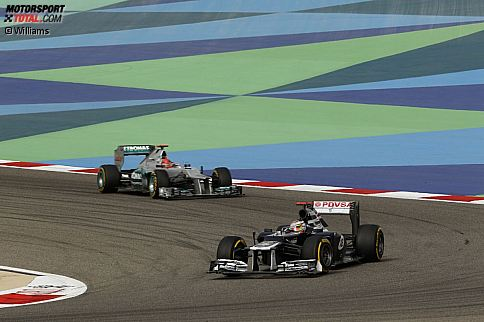 Pastor Maldonado (Williams) Michael Schumacher (Mercedes)
