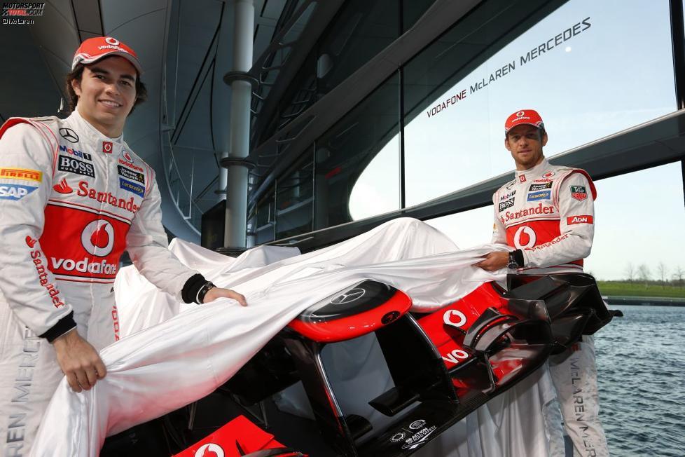 Sergio Perez (McLaren) und Jenson Button (McLaren)