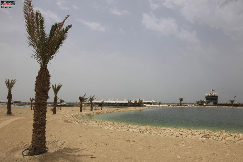Gewässer am Bahrain International Circuit in Manama