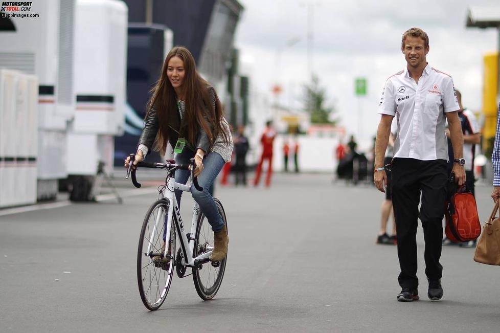 Jessica Michibata und ihr Freund Jenson Button (McLaren)