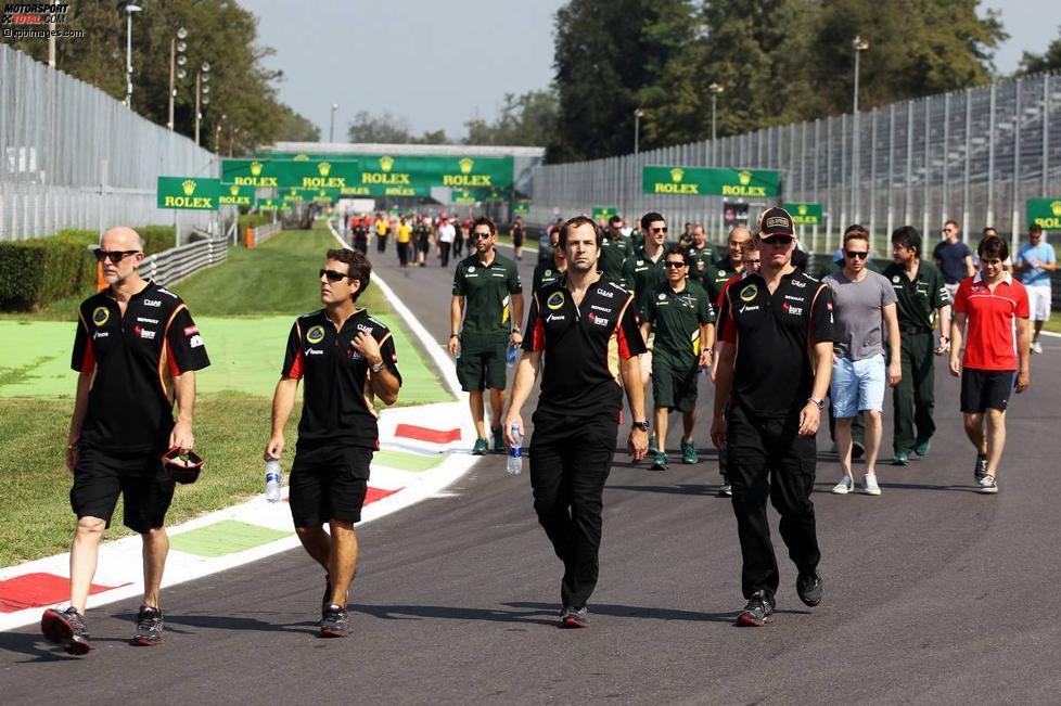 Lotus beim Track-Walk