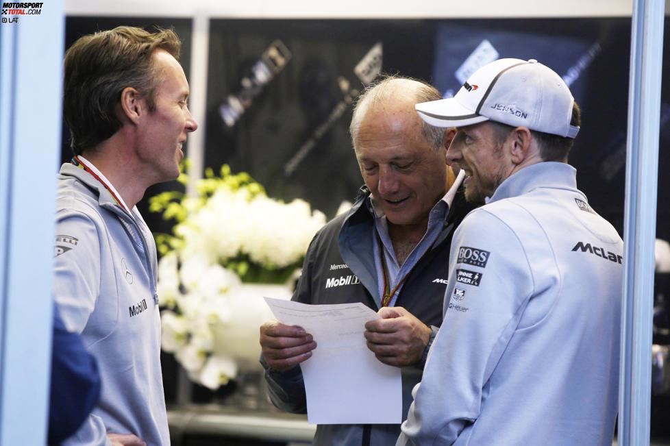 Sam Michael, Ron Dennis und Jenson Button (McLaren)
