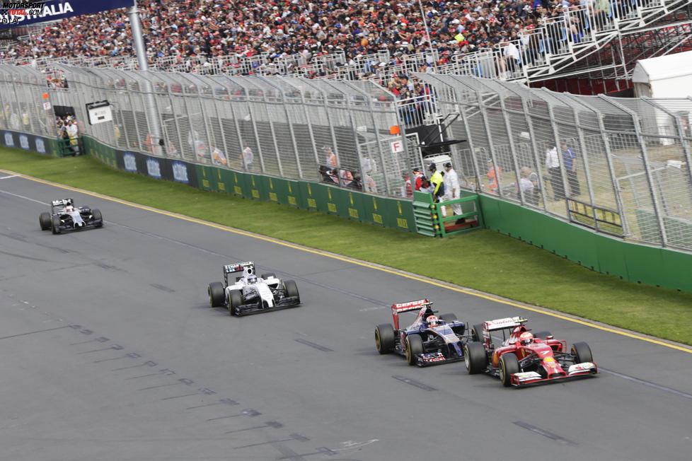 Kimi Räikkönen (Ferrari), Daniil Kwjat (Toro Rosso) und Valtteri Bottas (Williams)